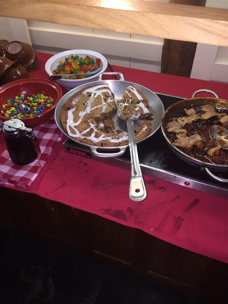 Trail s end restaurant 75 foto cucina americana for Recensione cabine walter disney world fort wilderness
