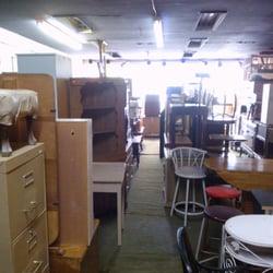 Meubles genina magasins de meubles qu bec qc avis for Liquida meuble quebec