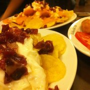 Patatas morcillonas, croquetas de jamón…