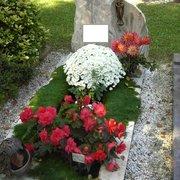 Blumenversand Karl Blumenhaus Dagmar Karl Pietät Dagmar Karl, Offenbach, Hessen, Germany