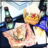perfect lunch with beer from new york and some tasty chips @ Good to Go © picture by LondonJamesZurich