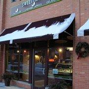 Sweettrio - Grafton, WI, États-Unis. Sweettrio is located in the Grafton Village Center between Alterra Coffee and Vino 100.