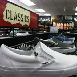 vans outlet barstow