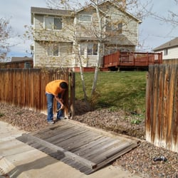 Red Remodels - Henderson, CO, États-Unis. Fence repair