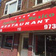 Aguilas de Mexico Restaurant - Newark, NJ, États-Unis. New awning of the restaurant
