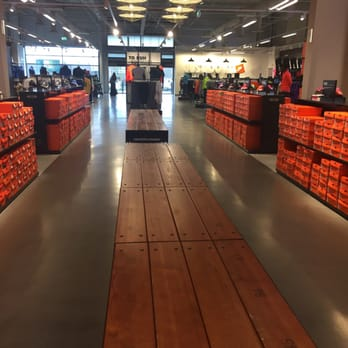 nike store magasin
