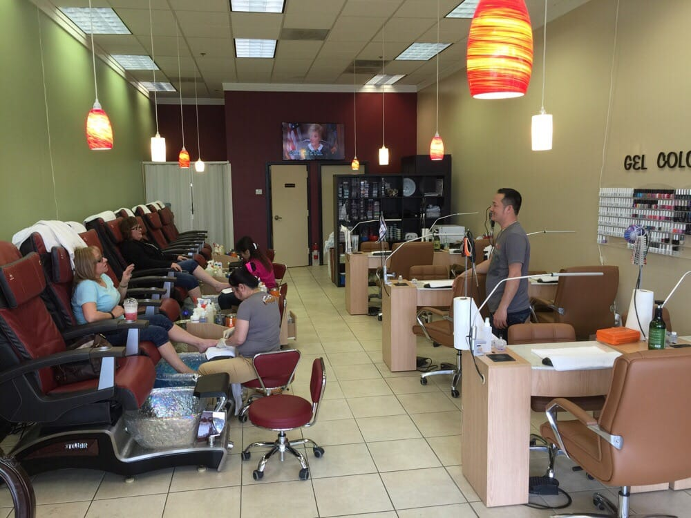 Natural nails salon nail salons burlington wa for Salon nature