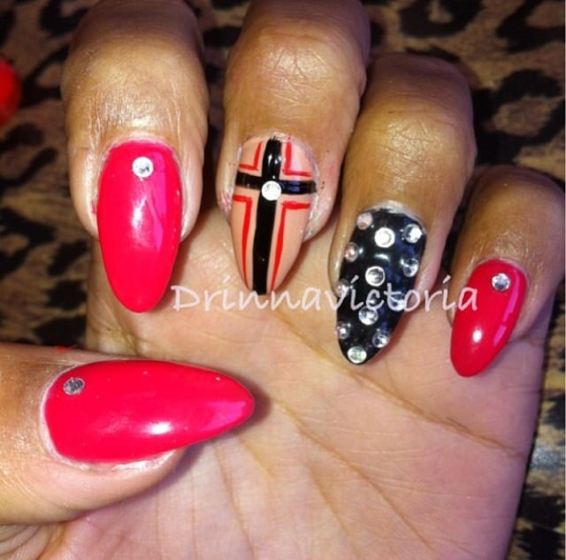 pointed cross nails