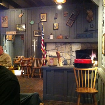 Cracker Barrel Old Country Store 20 Photos Traditional