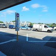 Außenbereich Flughafen SXF, Schönefeld…