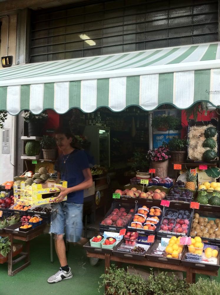 frutteto genova farmers market centro storico milan