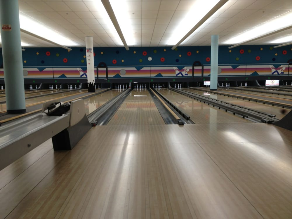 chinook bowladrome bowling calgary ab reviews photos yelp. Black Bedroom Furniture Sets. Home Design Ideas