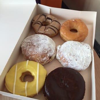 dunkin donuts 14 photos donuts tiergarten berlin. Black Bedroom Furniture Sets. Home Design Ideas