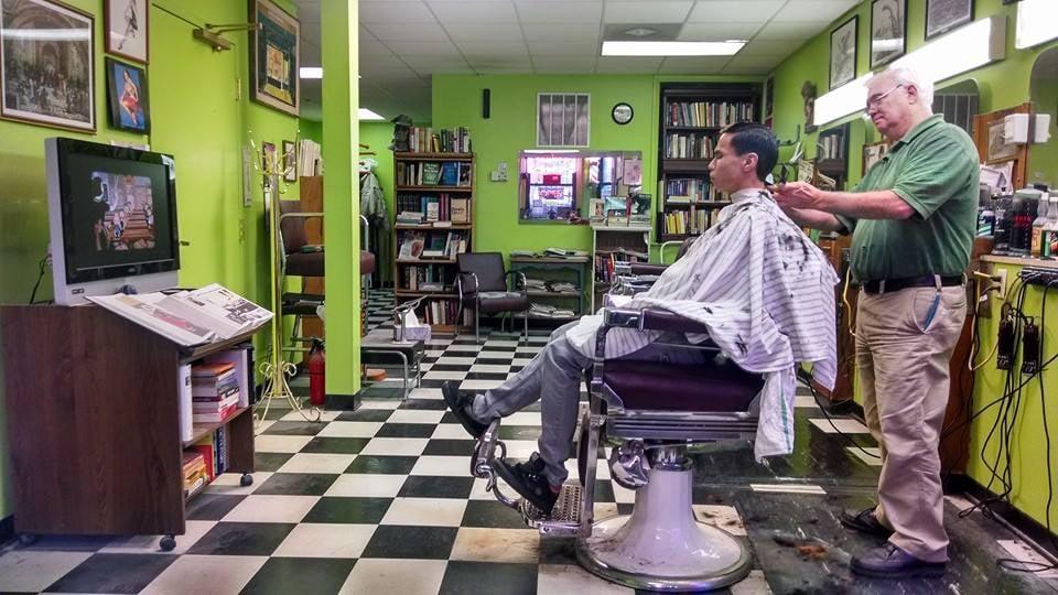 Barber Shop Chicago : Medinah Barber Shop - Barbers - Near North Side - Chicago, IL ...