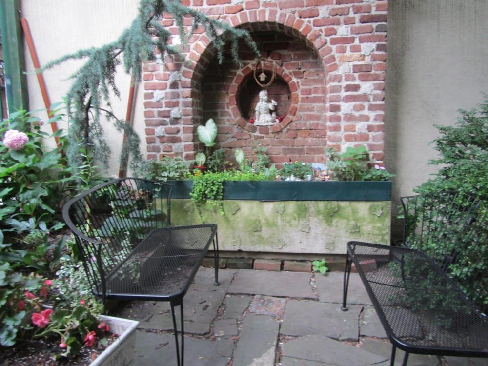 Creative Little Garden Botanical Gardens East Village