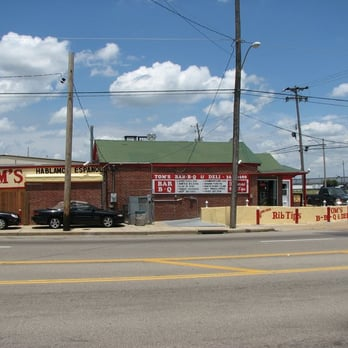 Tom's Bar-B-Q & Deli - Tom's Barbecue - Memphis, TN, United States