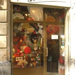 Tienda de Flamenco Albaicin Flora, Barcelona