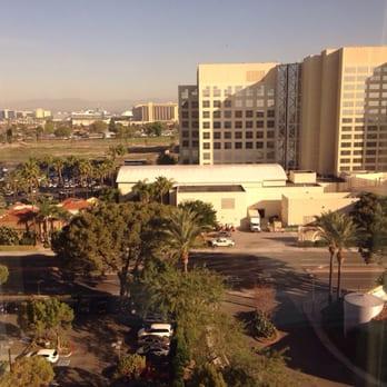 Anaheim Marriott Suites 145 Photos 251 Reviews Hotels 12015 Harbor Blvd Garden Grove