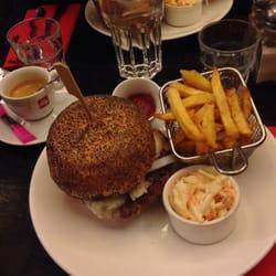 PDG Rive Gauche-American Restaurant - Paris, France. Goat cheese burger