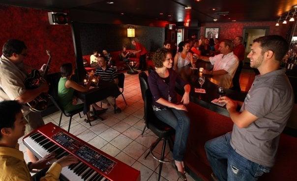 The starlite room bars elmira ny yelp for Motor inn near me