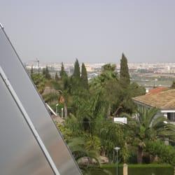 Instalación solar forzada en Tomares