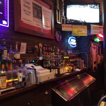 Sullivan S Tap 21 Photos 90 Reviews Dive Bar 168