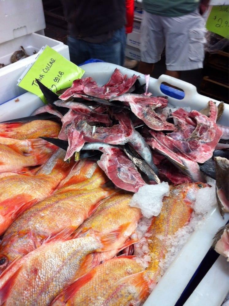 J deluca fish company seafood markets san pedro san for Franks fish market