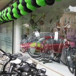 E-Bikes und Pedelecs vorm Laden