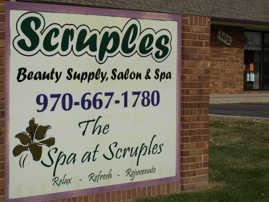 Scruples beauty salon nail salons 103 e 42nd st for Acacia salon loveland