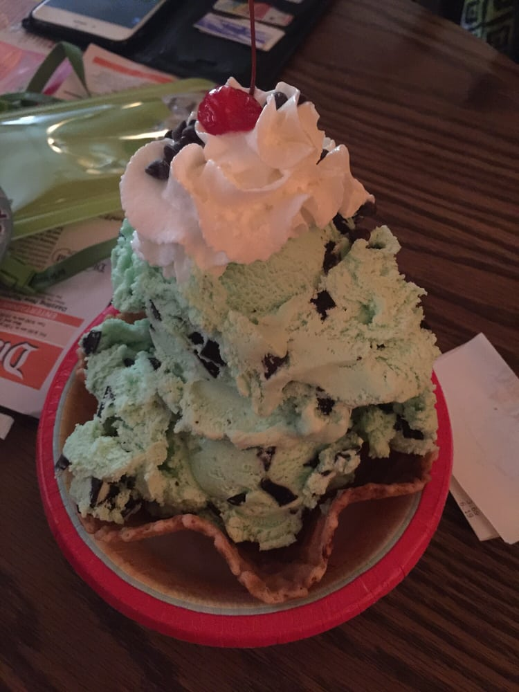 The Golden Horseshoe - Anaheim, CA, United States. Mint Chocolate Chip Ice Cream Sundae- large and as you'd expect.