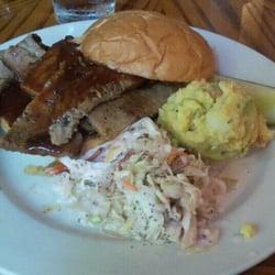 Duff s restaurant closed american restaurants for Jordan s fish and chicken menu