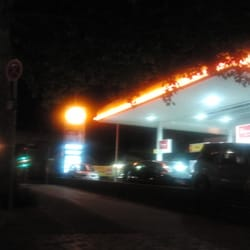 Shell Station, Berlin