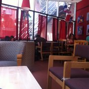 Koffee On Audobon - New Haven, CT, États-Unis. Seating area