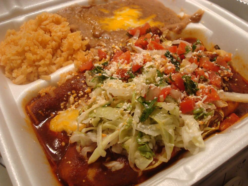 Taco Loco - Chili relanalanano... with cheese enchilada and arroz con ...