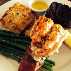 Fly n fish oyster bar and grill newport beach ca for Flying fish bar and grill