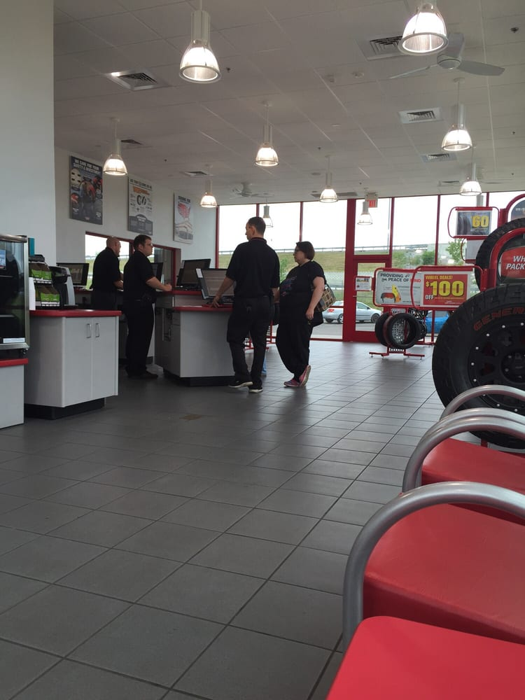 Merchants Tire Near Me >> Discount Tire Store - Clarksville - Wheel & Rim Repair - Clarksville, TN - Reviews - Photos - Yelp