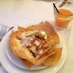 nachos & a tequila sunrise!