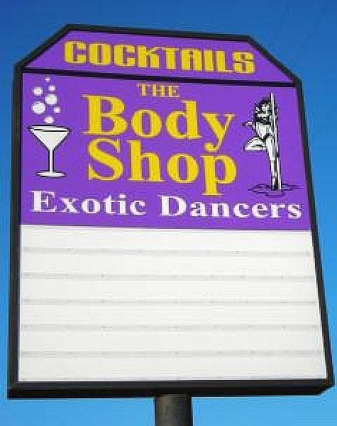 STRIP CLUBS IN SACRAMENTO STRIPCLUBS - Pole dance