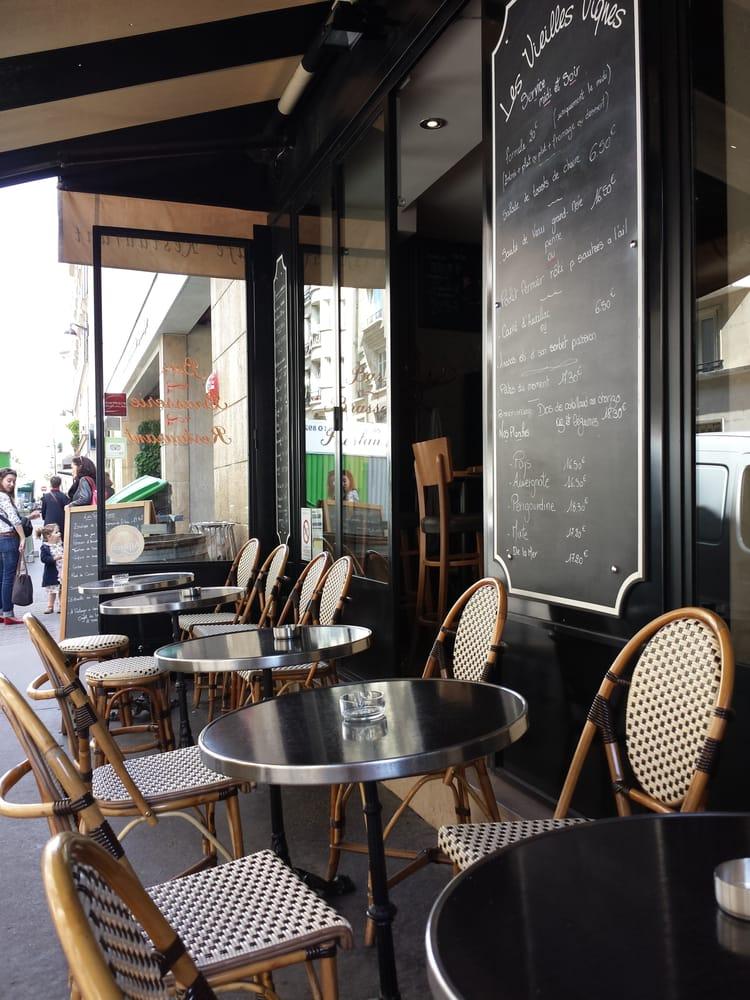 Les vieilles vignes franz sisches restaurant tour eiffel champ de mars - Tour maubourg restaurant ...