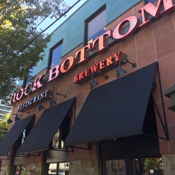 Get amazing daily specials on food & unique craft beer at the Rock Bottom Restaurant & Brewery in Portland. Find craft beer unique to this location, as well as food that will satisfy all cravings!