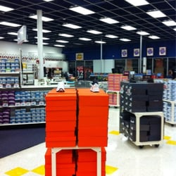 Shoe Carnival Store locator in Florida - FL - store list, hours | Search 4 Stores