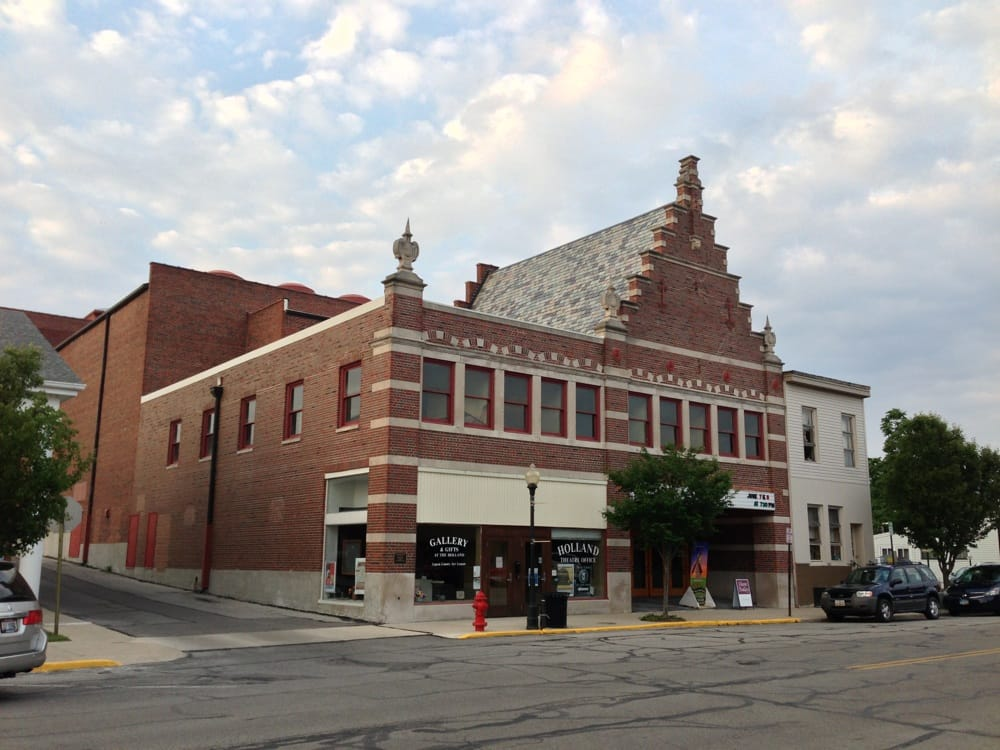 Bellefontaine (OH) United States  city pictures gallery : Holland Theatre Bellefontaine, OH, United States. Street view of ...