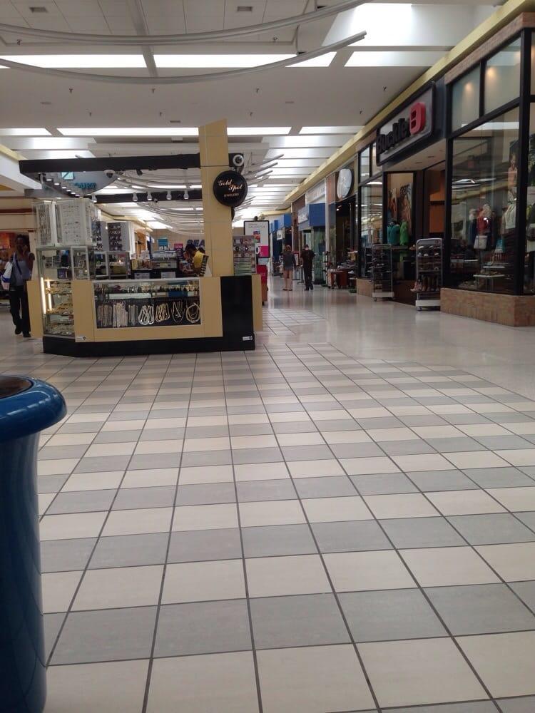 Fashion square mall shopping centers saginaw mi