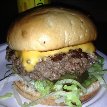Lucky Chip Burger - photo by theburgerguidedotcom
