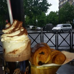 Good hot chocolate and chocolate croissants