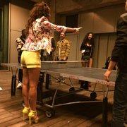 Drôle de ping pong.