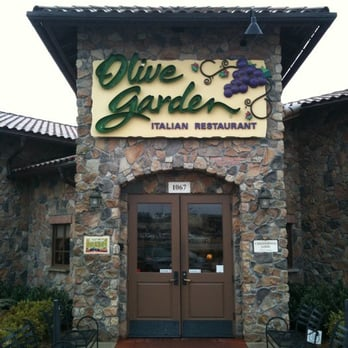 Olive Garden Italian Restaurant 18 Reviews Italian Restaurants 1067 Vann Dr Jackson Tn