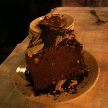 Gibsons Bar & Steakhouse - Chicago, IL, États-Unis. Choco mousse---too much!