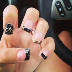Image Nails logo