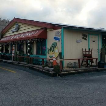 Walt s fish market restaurant south seafood markets for Florida fish market